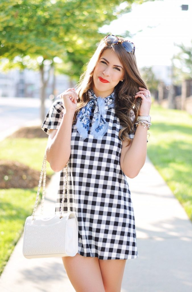 4ce06b7e5b76b that neck scarf trend, neck scarf, patterned neck scarf, checkered dress,  gingham