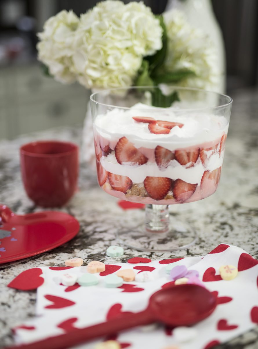 Valentine S Day Trifle Bowl Dessert Recipe Daily With Bailey