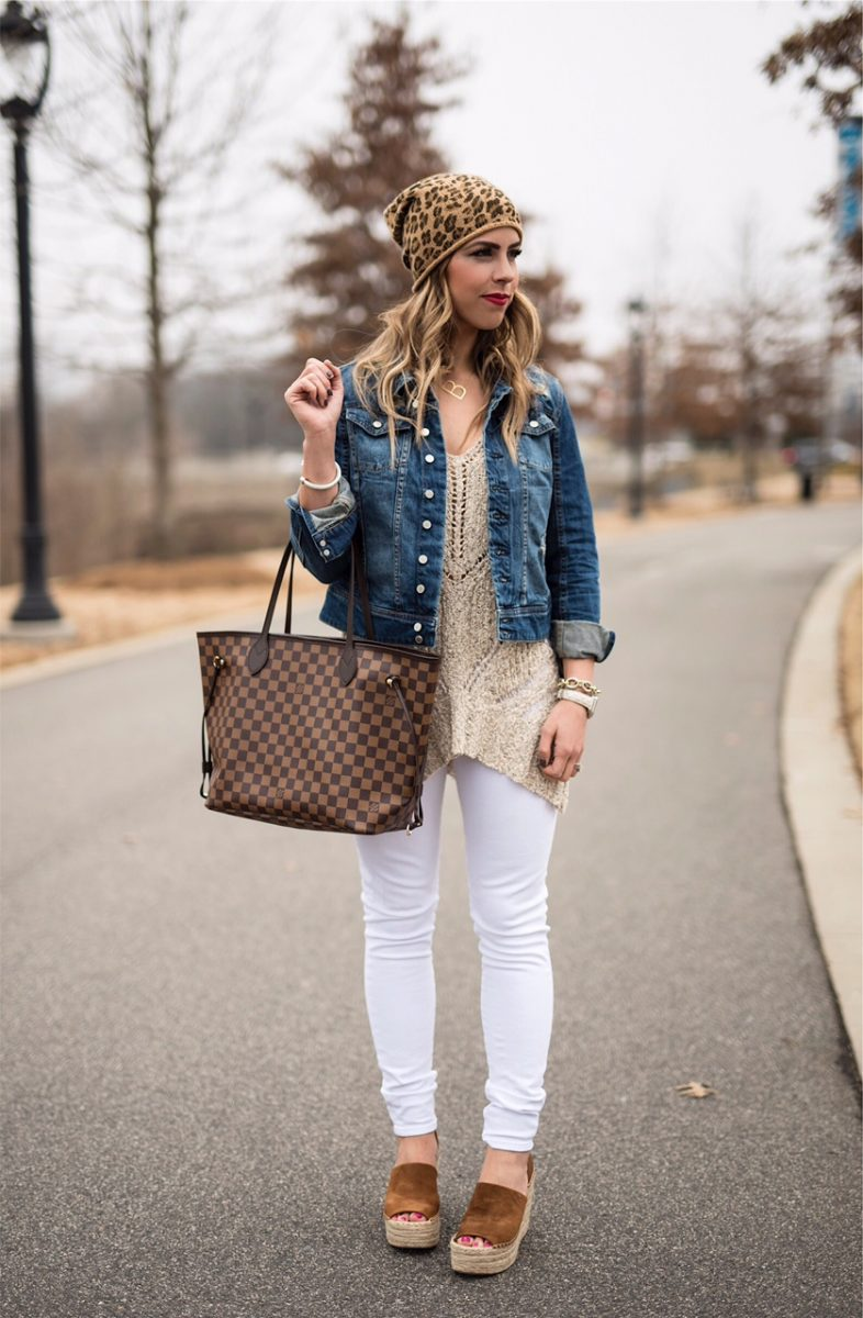 casual chic, cutout sweater tank, sweater tank, jean jacket, leopard beanie, white jeans, the perfect spring wedges, louis vuitton neverful, neverful ebene, tote bag, neutral fashion, neutral outfit, neutral outfit inspo, spring fashion, spring outfit ideas, spring outfit ispo, here's the skinny, the skinny blog, here's the skinny by bailey schwartz