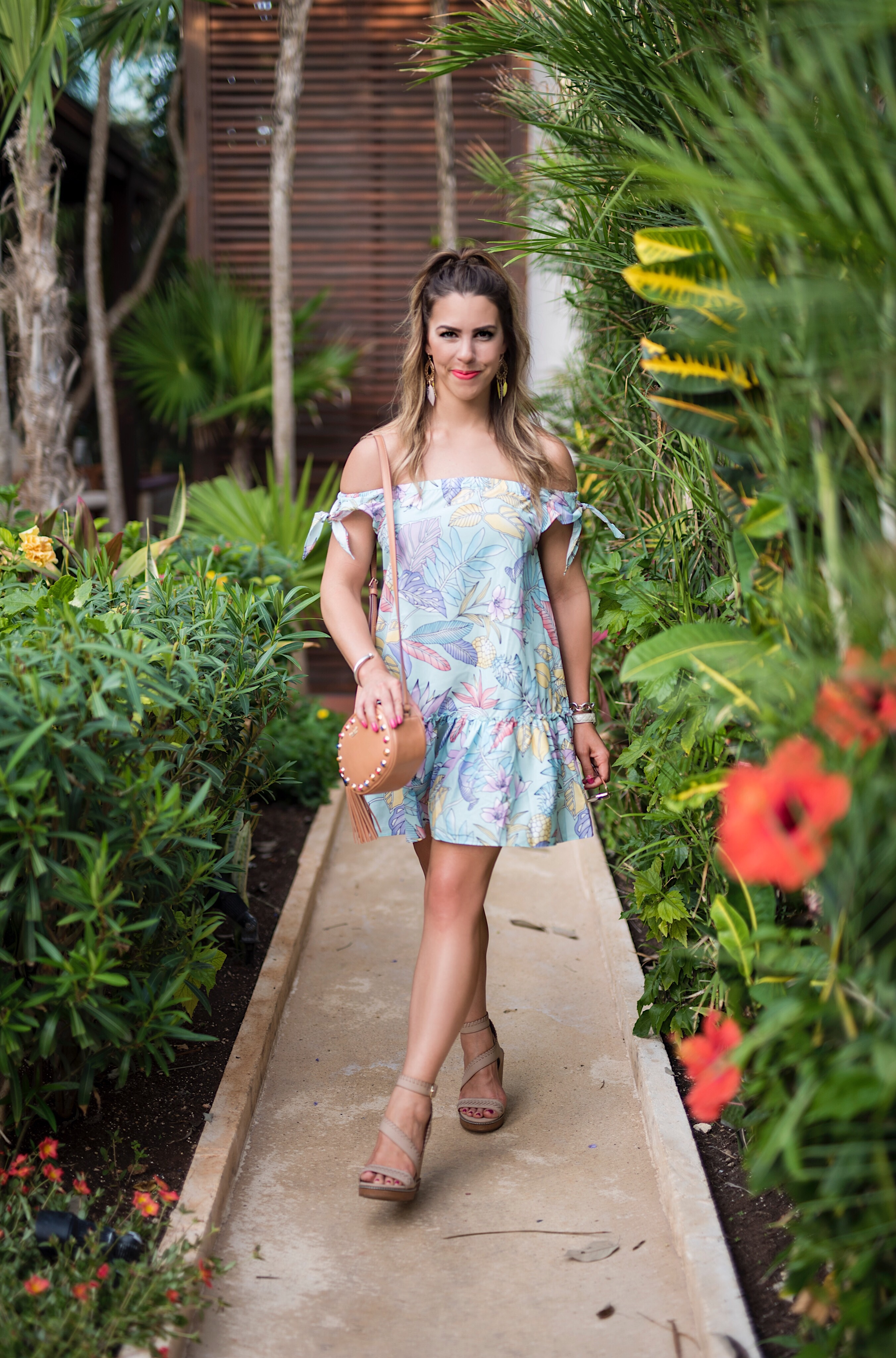 pineapple paradise, pineapple dress, off the shoulder tropical dress, off the shoulder dress, what to wear on vacation, cute vacation dresses, vacation dresses, off the shoulder pineapple dress, cute pineapple pattern, pineapple dress, dresses for a tropical vacation, vacation in mexico, what to wear in mexico, here's the skinny, the skinny blog, here's the skinny travel, htstravel