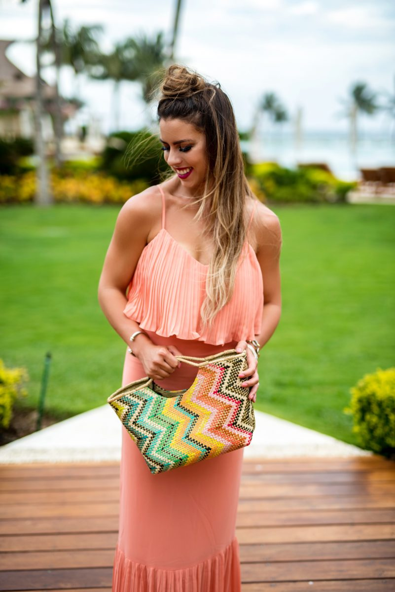 just peachy maxi, peach maxi dress, coral maxi dress, beautiful maxi dresses, the best maxi dresses, colorful beach bag, colorful bag, what to wear on a summer vacation, summer vacation style, ali and jay maxi dress, bright colored dresses, peach dress, coral dress, grand velas riviera maya resort, mexico all inclusive hotels