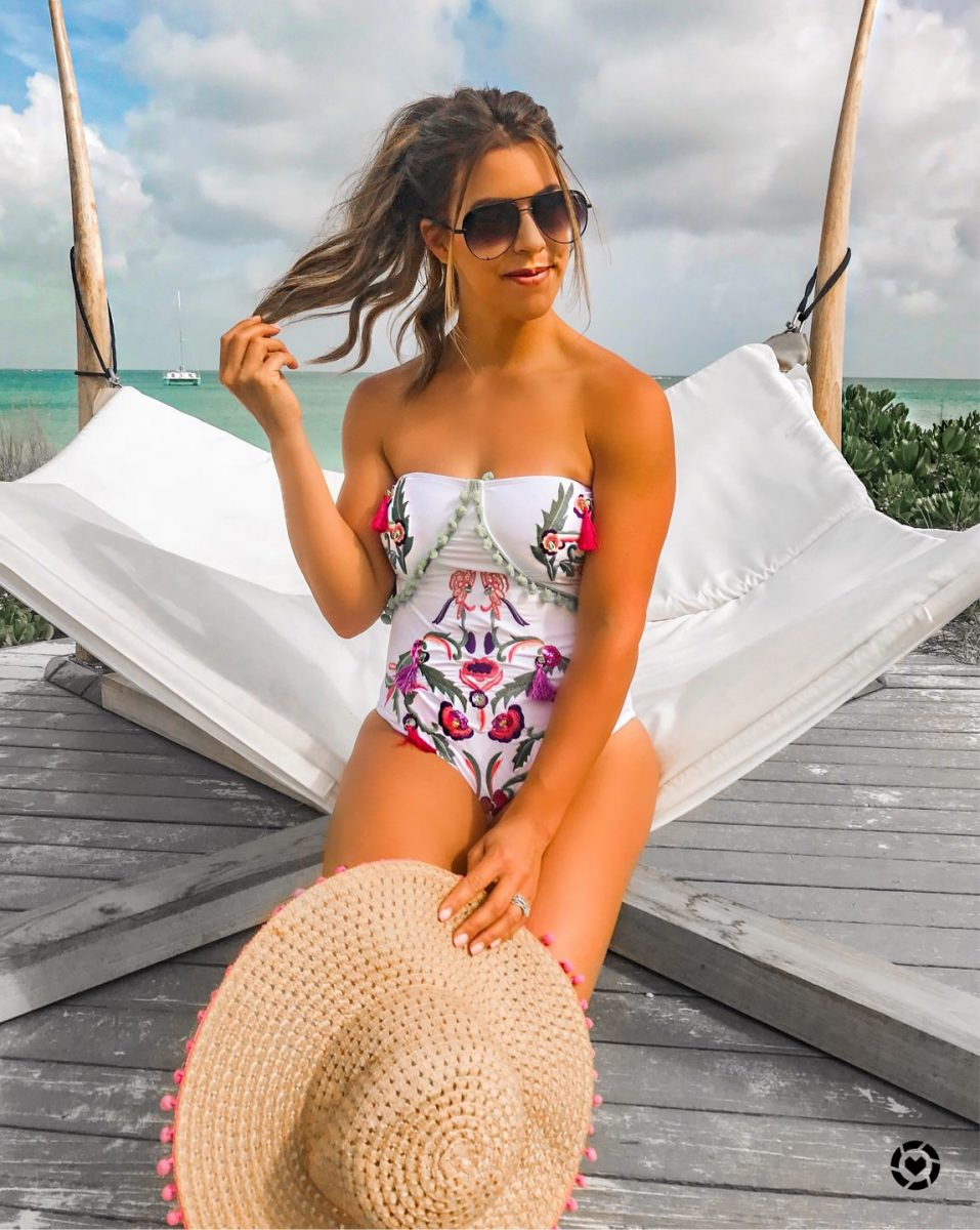 beaches turks and caicos hotel review where to stay in turks and caicos best hotels in turks and caicos what to do in turks and caicos summer swimsuits best swimsuits of 2018 high waist swimsuits spring fashion spring outfit summer outfit inspiration
